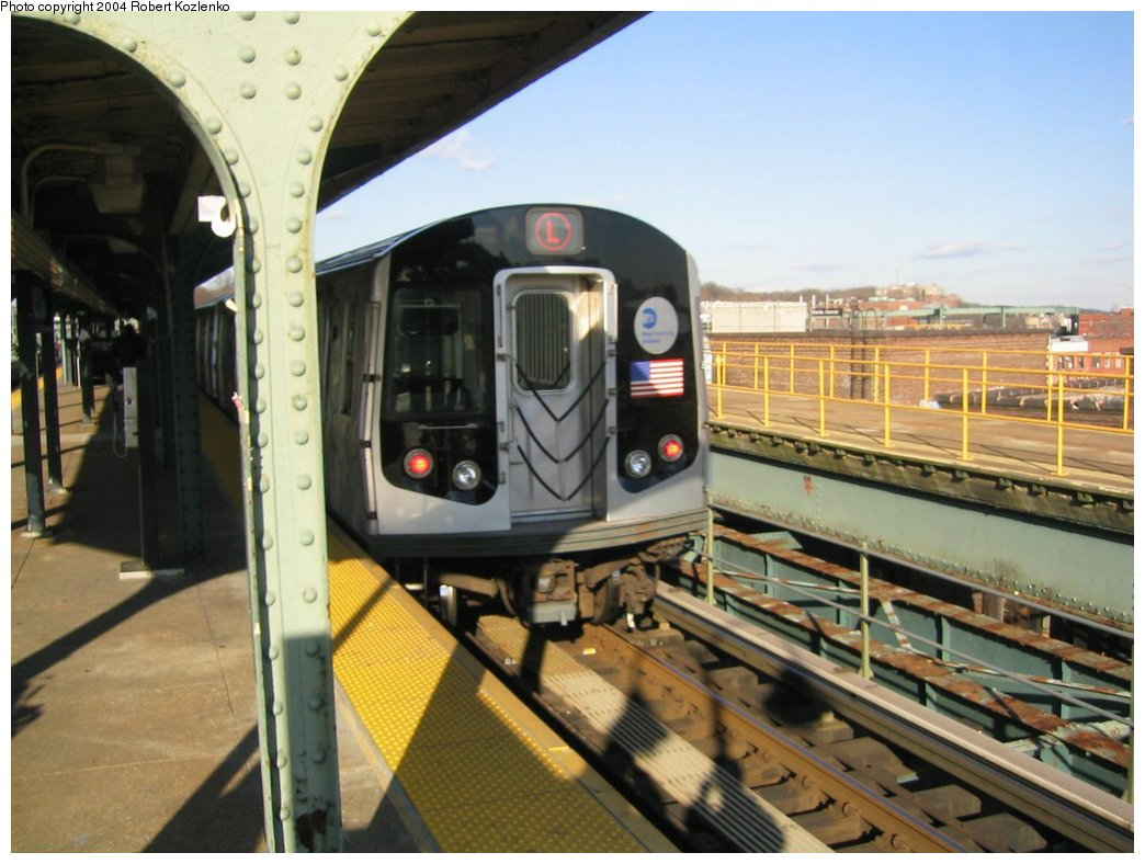(159k, 1044x788)<br><b>Country:</b> United States<br><b>City:</b> New York<br><b>System:</b> New York City Transit<br><b>Line:</b> BMT Canarsie Line<br><b>Location:</b> Atlantic Avenue <br><b>Route:</b> L<br><b>Car:</b> R-143 (Kawasaki, 2001-2002)  <br><b>Photo by:</b> Robert Kozlenko<br><b>Date:</b> 11/26/2004<br><b>Viewed (this week/total):</b> 1 / 2964
