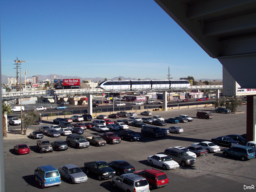 (232k, 864x648)<br><b>Country:</b> United States<br><b>City:</b> Las Vegas, NV<br><b>System:</b> Las Vegas Monorail<br><b>Location:</b> Sahara Maint. Shops <br><b>Photo by:</b> D. Reinecke<br><b>Date:</b> 1/13/2005<br><b>Notes:</b> Shop lead south of Sahara<br><b>Viewed (this week/total):</b> 2 / 2868