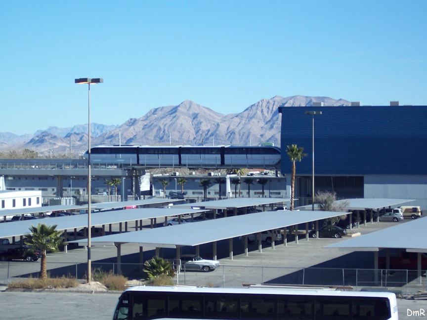 (198k, 864x648)<br><b>Country:</b> United States<br><b>City:</b> Las Vegas, NV<br><b>System:</b> Las Vegas Monorail<br><b>Location:</b> Sahara Maint. Shops <br><b>Photo by:</b> D. Reinecke<br><b>Date:</b> 1/13/2005<br><b>Notes:</b> Tracks leading into shop<br><b>Viewed (this week/total):</b> 2 / 3115
