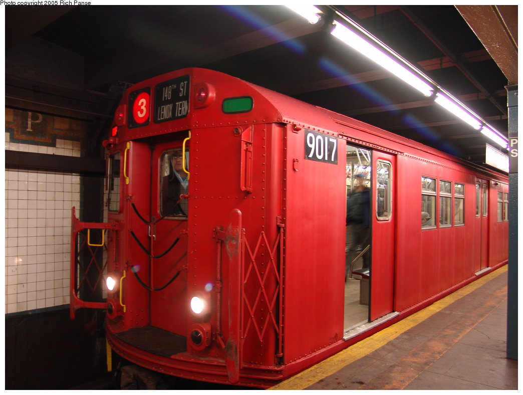 (162k, 1044x788)<br><b>Country:</b> United States<br><b>City:</b> New York<br><b>System:</b> New York City Transit<br><b>Line:</b> IRT Brooklyn Line<br><b>Location:</b> President Street <br><b>Route:</b> Fan Trip<br><b>Car:</b> R-33 Main Line (St. Louis, 1962-63) 9017 <br><b>Photo by:</b> Richard Panse<br><b>Date:</b> 2/27/2005<br><b>Viewed (this week/total):</b> 2 / 4145