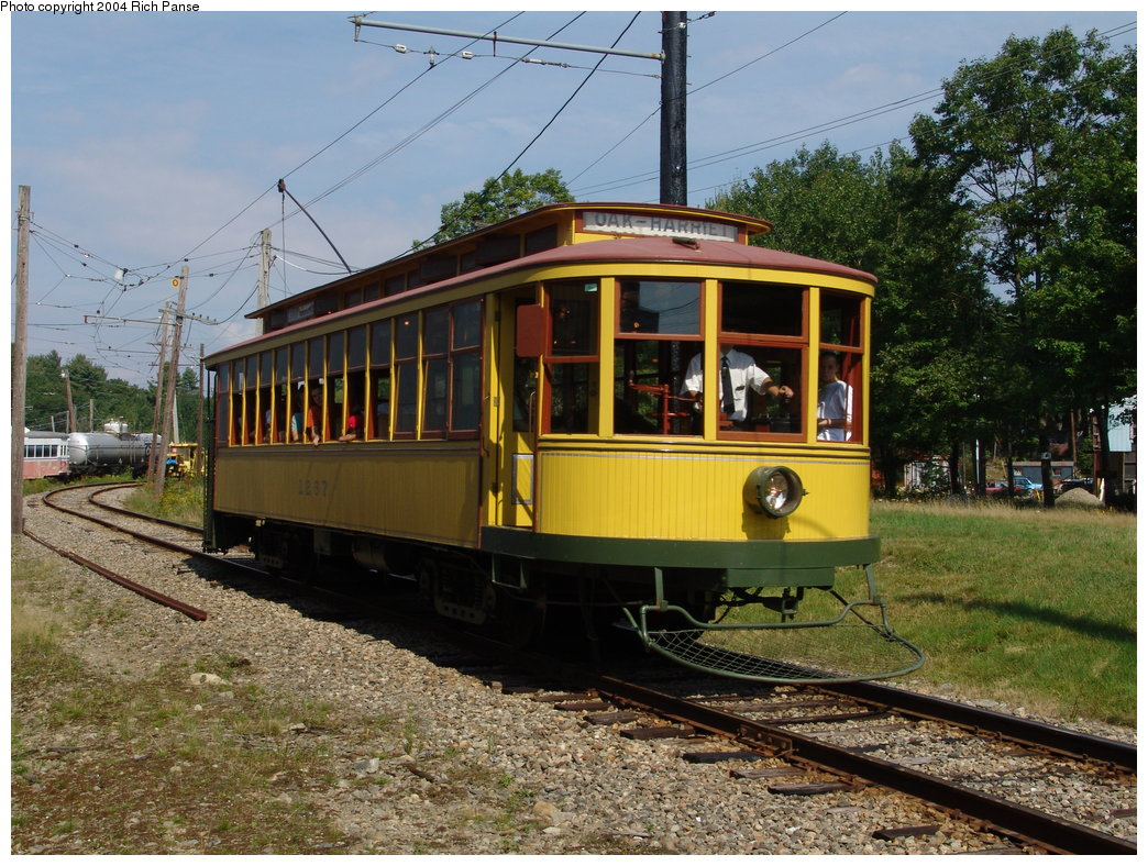 (253k, 1044x788)<br><b>Country:</b> United States<br><b>City:</b> Kennebunk, ME<br><b>System:</b> Seashore Trolley Museum <br><b>Car:</b> Twin City Rapid Transit 1267 <br><b>Photo by:</b> Richard Panse<br><b>Date:</b> 9/4/2004<br><b>Viewed (this week/total):</b> 1 / 1149