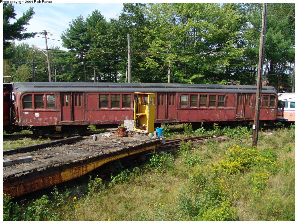 (362k, 1044x788)<br><b>Country:</b> United States<br><b>City:</b> Kennebunk, ME<br><b>System:</b> Seashore Trolley Museum <br><b>Car:</b> PTC/SEPTA B-2 DRPA Bridge Line (J.G. Brill, 1936)  1018 <br><b>Photo by:</b> Richard Panse<br><b>Date:</b> 9/4/2004<br><b>Viewed (this week/total):</b> 2 / 2212