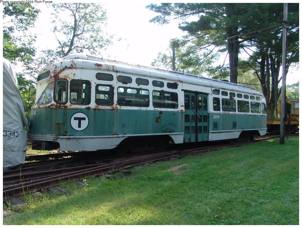 (268k, 1044x788)<br><b>Country:</b> United States<br><b>City:</b> Kennebunk, ME<br><b>System:</b> Seashore Trolley Museum <br><b>Car:</b> MBTA/BSRy PCC Post-War Picture Window (Pullman-Standard, 1951)  3274 <br><b>Photo by:</b> Richard Panse<br><b>Date:</b> 9/4/2004<br><b>Viewed (this week/total):</b> 1 / 2331