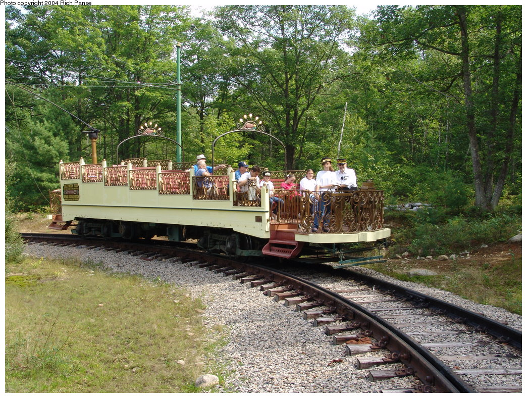 (356k, 1044x788)<br><b>Country:</b> United States<br><b>City:</b> Kennebunk, ME<br><b>System:</b> Seashore Trolley Museum <br><b>Car:</b> Montreal Tramways 2 <br><b>Photo by:</b> Richard Panse<br><b>Date:</b> 9/4/2004<br><b>Viewed (this week/total):</b> 3 / 2026