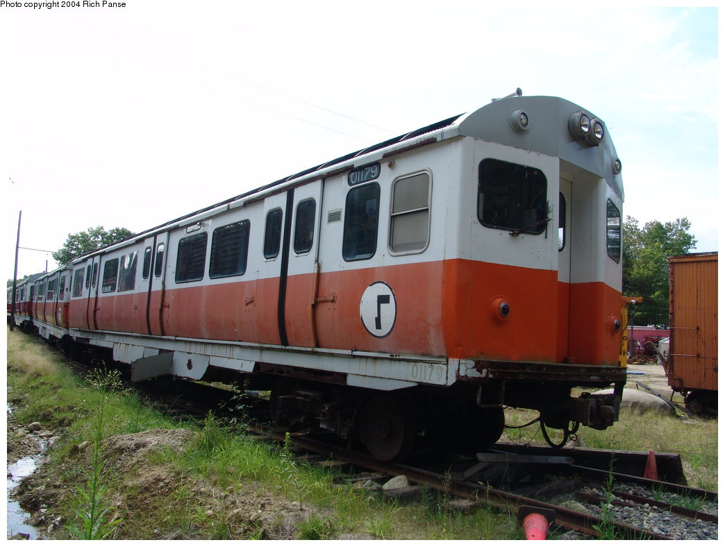 (172k, 1044x788)<br><b>Country:</b> United States<br><b>City:</b> Kennebunk, ME<br><b>System:</b> Seashore Trolley Museum <br><b>Car:</b> MBTA 01100 Series (Pullman-Standard, 1957)  01179 <br><b>Photo by:</b> Richard Panse<br><b>Date:</b> 9/4/2004<br><b>Viewed (this week/total):</b> 2 / 2949