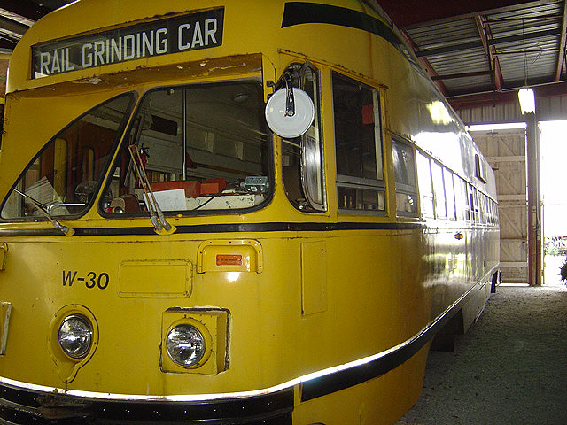 (128k, 640x480)<br><b>Country:</b> Canada<br><b>City:</b> Toronto<br><b>System:</b> Halton County Radial Railway <br><b>Car:</b> PCC (TTC Toronto) W-30 (ex-4631)<br><b>Photo by:</b> Michael Tricarico<br><b>Date:</b> 8/16/2004<br><b>Viewed (this week/total):</b> 0 / 1676