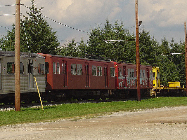 (141k, 640x480)<br><b>Country:</b> Canada<br><b>City:</b> Toronto<br><b>System:</b> Halton County Radial Railway <br><b>Car:</b>  5038-5039 <br><b>Photo by:</b> Michael Tricarico<br><b>Date:</b> 8/16/2004<br><b>Viewed (this week/total):</b> 0 / 2369