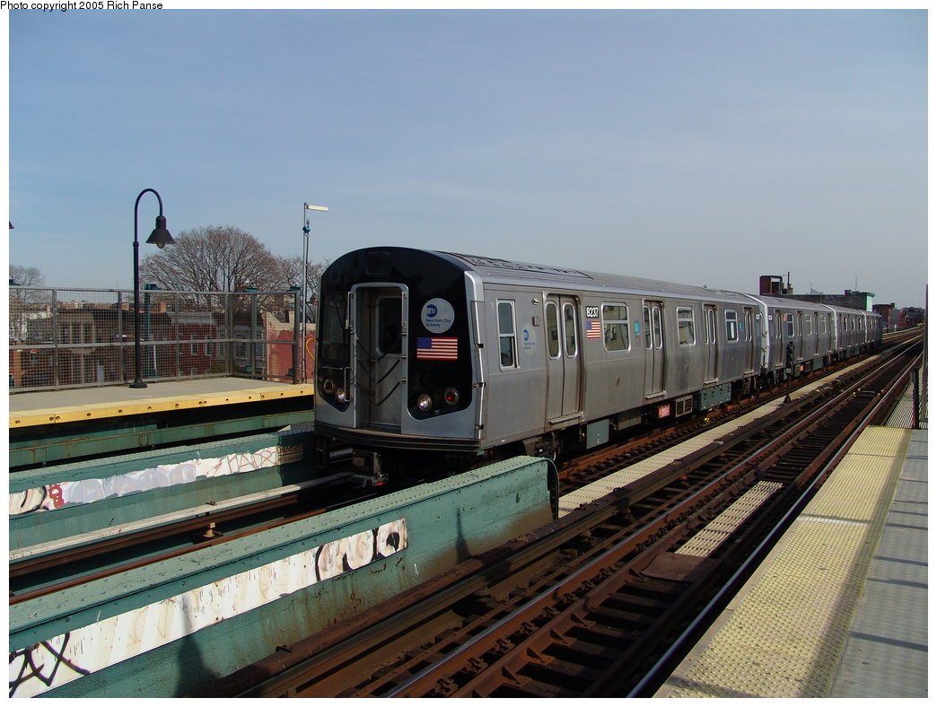 (185k, 1044x788)<br><b>Country:</b> United States<br><b>City:</b> New York<br><b>System:</b> New York City Transit<br><b>Line:</b> BMT Nassau Street/Jamaica Line<br><b>Location:</b> Gates Avenue <br><b>Route:</b> Test<br><b>Car:</b> R-143 (Kawasaki, 2001-2002) 8237 <br><b>Photo by:</b> Richard Panse<br><b>Date:</b> 3/16/2005<br><b>Viewed (this week/total):</b> 6 / 4547