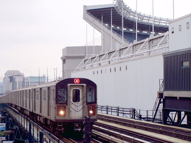 (124k, 640x480)<br><b>Country:</b> United States<br><b>City:</b> New York<br><b>System:</b> New York City Transit<br><b>Line:</b> IRT Woodlawn Line<br><b>Location:</b> 161st Street/River Avenue (Yankee Stadium) <br><b>Route:</b> 4<br><b>Car:</b> R-142 or R-142A (Number Unknown)  <br><b>Photo by:</b> Irwin Markowitz<br><b>Date:</b> 3/20/2005<br><b>Viewed (this week/total):</b> 1 / 4834