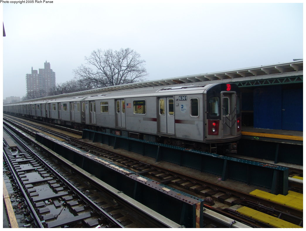 (167k, 1044x788)<br><b>Country:</b> United States<br><b>City:</b> New York<br><b>System:</b> New York City Transit<br><b>Line:</b> IRT White Plains Road Line<br><b>Location:</b> Pelham Parkway <br><b>Route:</b> 2<br><b>Car:</b> R-142 (Primary Order, Bombardier, 1999-2002)  6351 <br><b>Photo by:</b> Richard Panse<br><b>Date:</b> 3/20/2005<br><b>Viewed (this week/total):</b> 0 / 4217