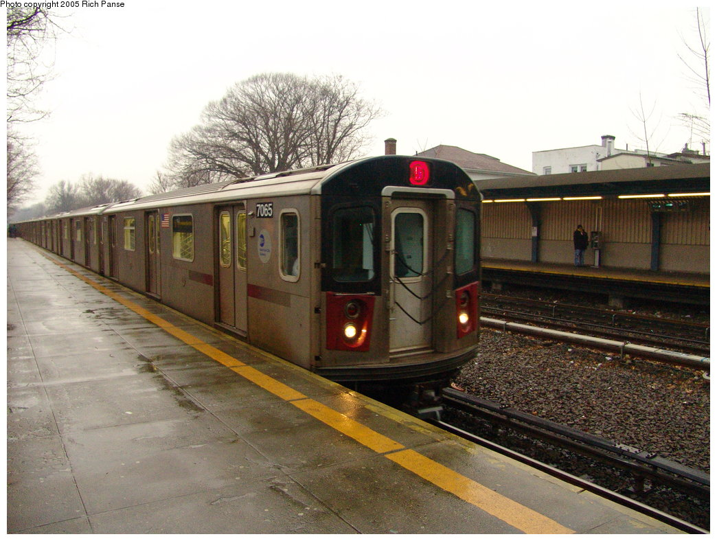 (199k, 1044x788)<br><b>Country:</b> United States<br><b>City:</b> New York<br><b>System:</b> New York City Transit<br><b>Line:</b> IRT Dyre Ave. Line<br><b>Location:</b> Gun Hill Road <br><b>Route:</b> 5<br><b>Car:</b> R-142 (Option Order, Bombardier, 2002-2003)  7065 <br><b>Photo by:</b> Richard Panse<br><b>Date:</b> 3/20/2005<br><b>Viewed (this week/total):</b> 4 / 4323