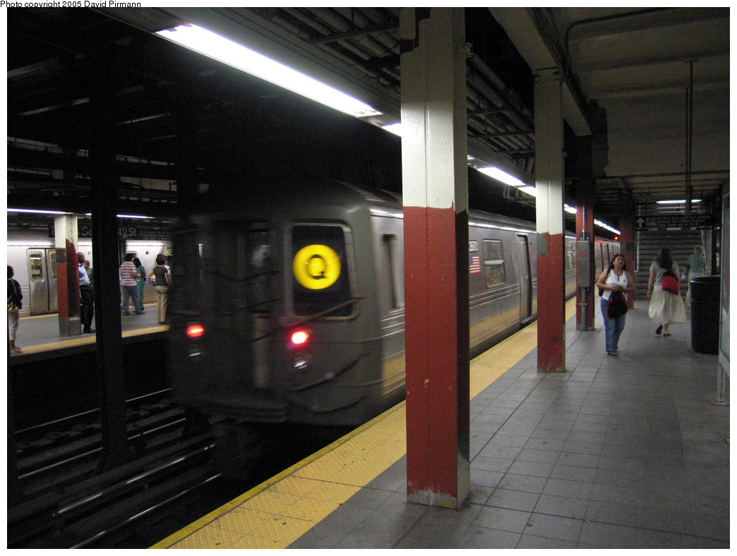(163k, 1044x788)<br><b>Country:</b> United States<br><b>City:</b> New York<br><b>System:</b> New York City Transit<br><b>Line:</b> BMT Broadway Line<br><b>Location:</b> Times Square/42nd Street <br><b>Route:</b> Q<br><b>Car:</b> R-68 (Westinghouse-Amrail, 1986-1988)  2870 <br><b>Photo by:</b> David Pirmann<br><b>Date:</b> 9/6/2005<br><b>Viewed (this week/total):</b> 5 / 4782