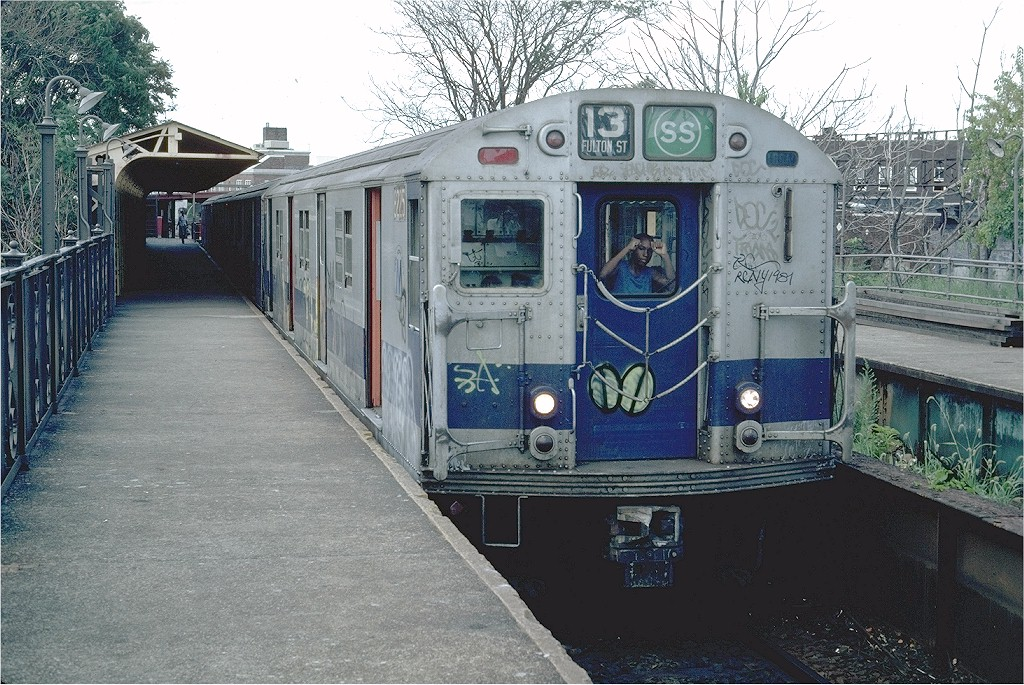 (261k, 1024x685)<br><b>Country:</b> United States<br><b>City:</b> New York<br><b>System:</b> New York City Transit<br><b>Line:</b> BMT Franklin<br><b>Location:</b> Franklin Avenue <br><b>Route:</b> Franklin Shuttle<br><b>Car:</b> R-27 (St. Louis, 1960)  8225 <br><b>Photo by:</b> Steve Zabel<br><b>Collection of:</b> Joe Testagrose<br><b>Date:</b> 7/25/1981<br><b>Viewed (this week/total):</b> 0 / 2692