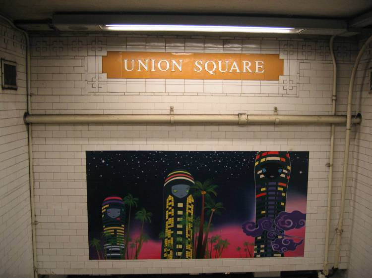 (49k, 750x562)<br><b>Country:</b> United States<br><b>City:</b> New York<br><b>System:</b> New York City Transit<br><b>Line:</b> BMT Broadway Line<br><b>Location:</b> 14th Street/Union Square <br><b>Photo by:</b> Robbie Rosenfeld<br><b>Date:</b> 5/17/2005<br><b>Artwork:</b> <i>City Glow</i>, Chiho Aoshima (2005).<br><b>Viewed (this week/total):</b> 4 / 3064