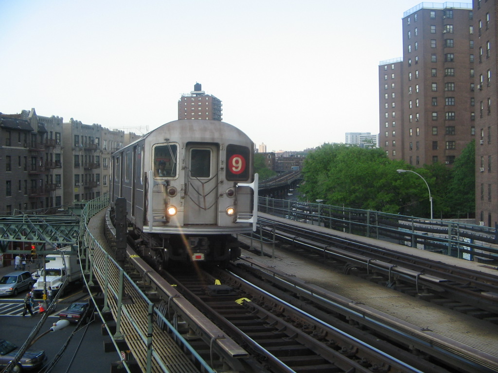 (236k, 1024x768)<br><b>Country:</b> United States<br><b>City:</b> New York<br><b>System:</b> New York City Transit<br><b>Line:</b> IRT West Side Line<br><b>Location:</b> Dyckman Street <br><b>Route:</b> 9<br><b>Car:</b> R-62A (Bombardier, 1984-1987)  1851 <br><b>Photo by:</b> Jose Martinez<br><b>Date:</b> 5/27/2005<br><b>Notes:</b> Last day of the skip-stop #9 service.<br><b>Viewed (this week/total):</b> 2 / 4330