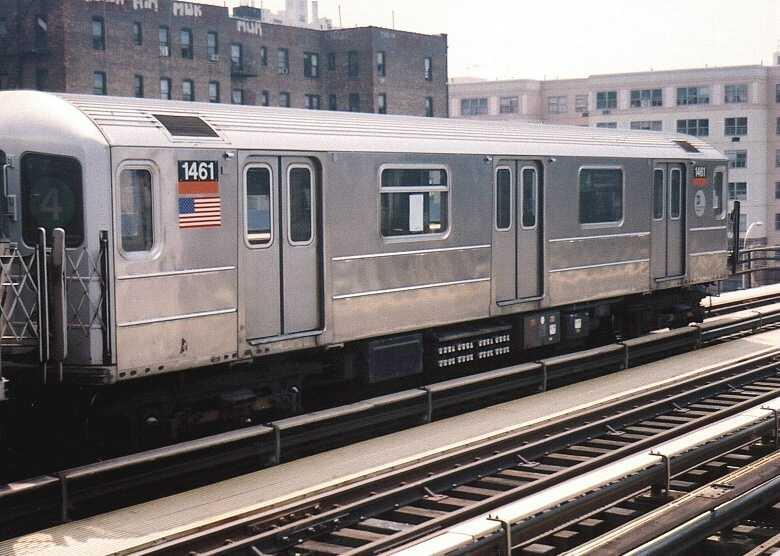 (63k, 780x556)<br><b>Country:</b> United States<br><b>City:</b> New York<br><b>System:</b> New York City Transit<br><b>Line:</b> IRT Woodlawn Line<br><b>Location:</b> 167th Street <br><b>Route:</b> 4<br><b>Car:</b> R-62 (Kawasaki, 1983-1985)  1461 <br><b>Photo by:</b> Gary Chatterton<br><b>Date:</b> 5/12/2004<br><b>Viewed (this week/total):</b> 2 / 3077