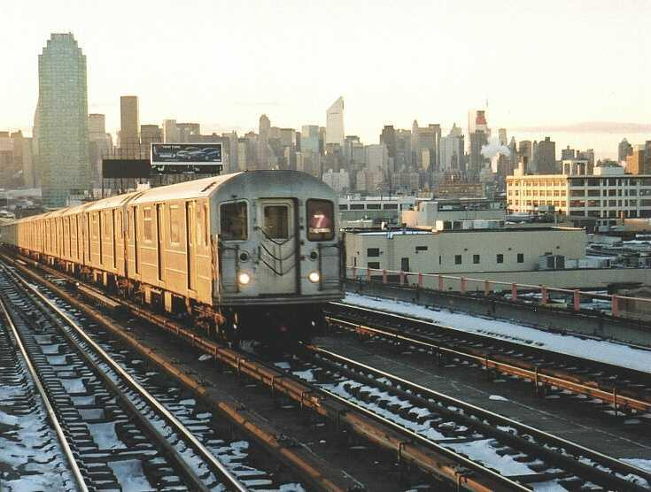 (61k, 735x556)<br><b>Country:</b> United States<br><b>City:</b> New York<br><b>System:</b> New York City Transit<br><b>Line:</b> IRT Flushing Line<br><b>Location:</b> 40th Street/Lowery Street <br><b>Route:</b> 7<br><b>Car:</b> R-62A (Bombardier, 1984-1987)  1841 <br><b>Photo by:</b> Gary Chatterton<br><b>Date:</b> 1/16/2004<br><b>Viewed (this week/total):</b> 2 / 2265