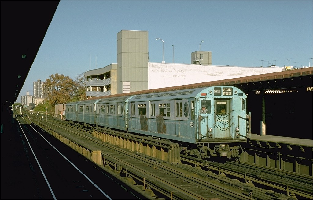 (174k, 1024x657)<br><b>Country:</b> United States<br><b>City:</b> New York<br><b>System:</b> New York City Transit<br><b>Line:</b> IRT Woodlawn Line<br><b>Location:</b> Fordham Road <br><b>Route:</b> Fan Trip<br><b>Car:</b> R-33 World's Fair (St. Louis, 1963-64) 9328 <br><b>Photo by:</b> Joe Testagrose<br><b>Date:</b> 10/27/1974<br><b>Viewed (this week/total):</b> 2 / 2294