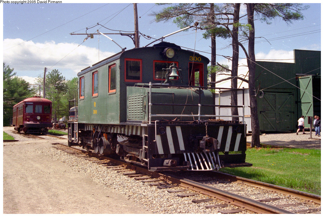 (263k, 1044x699)<br><b>Country:</b> United States<br><b>City:</b> Kennebunk, ME<br><b>System:</b> Seashore Trolley Museum <br><b>Car:</b> Oshawa Railway (Baldwin/Westinghouse) 300 <br><b>Photo by:</b> David Pirmann<br><b>Date:</b> 5/25/1996<br><b>Viewed (this week/total):</b> 1 / 1064