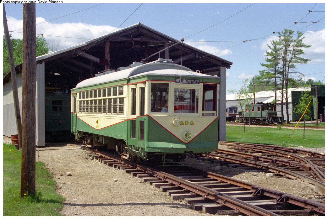 (253k, 1044x699)<br><b>Country:</b> United States<br><b>City:</b> Kennebunk, ME<br><b>System:</b> Seashore Trolley Museum <br><b>Car:</b> Dallas Railway & Terminal 434 <br><b>Photo by:</b> David Pirmann<br><b>Date:</b> 5/25/1996<br><b>Viewed (this week/total):</b> 2 / 1176
