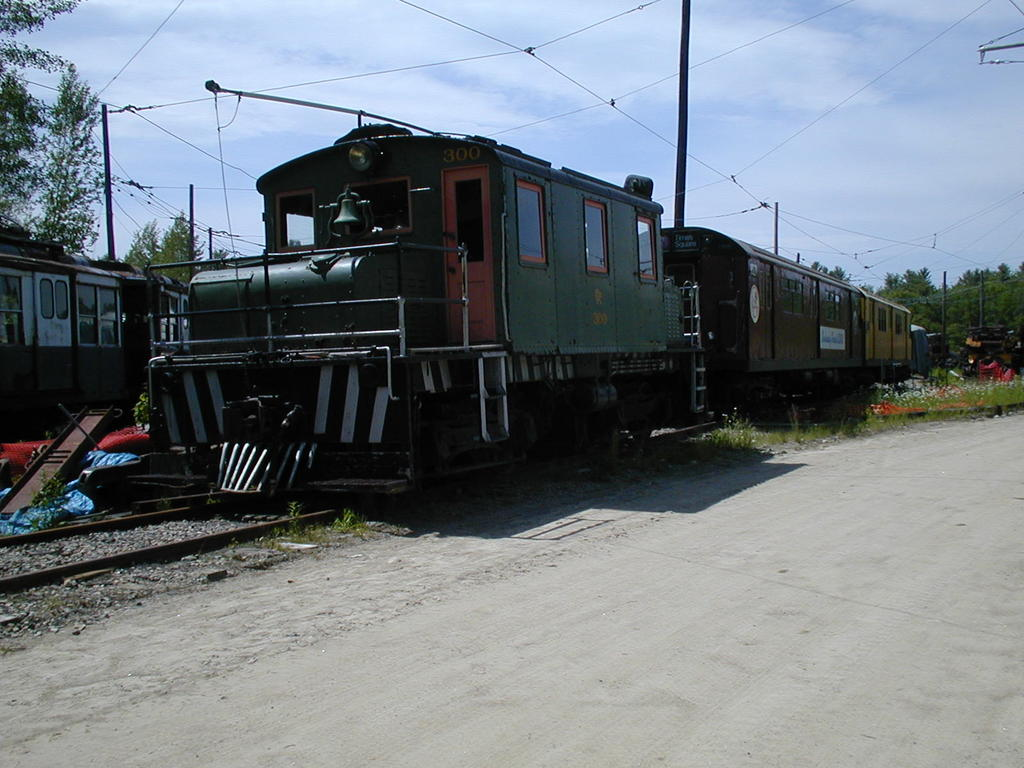 (118k, 1024x768)<br><b>Country:</b> United States<br><b>City:</b> Kennebunk, ME<br><b>System:</b> Seashore Trolley Museum <br><b>Car:</b> Oshawa Railway (Baldwin/Westinghouse) 300 <br><b>Photo by:</b> Todd Glickman<br><b>Date:</b> 6/24/2005<br><b>Viewed (this week/total):</b> 1 / 1045