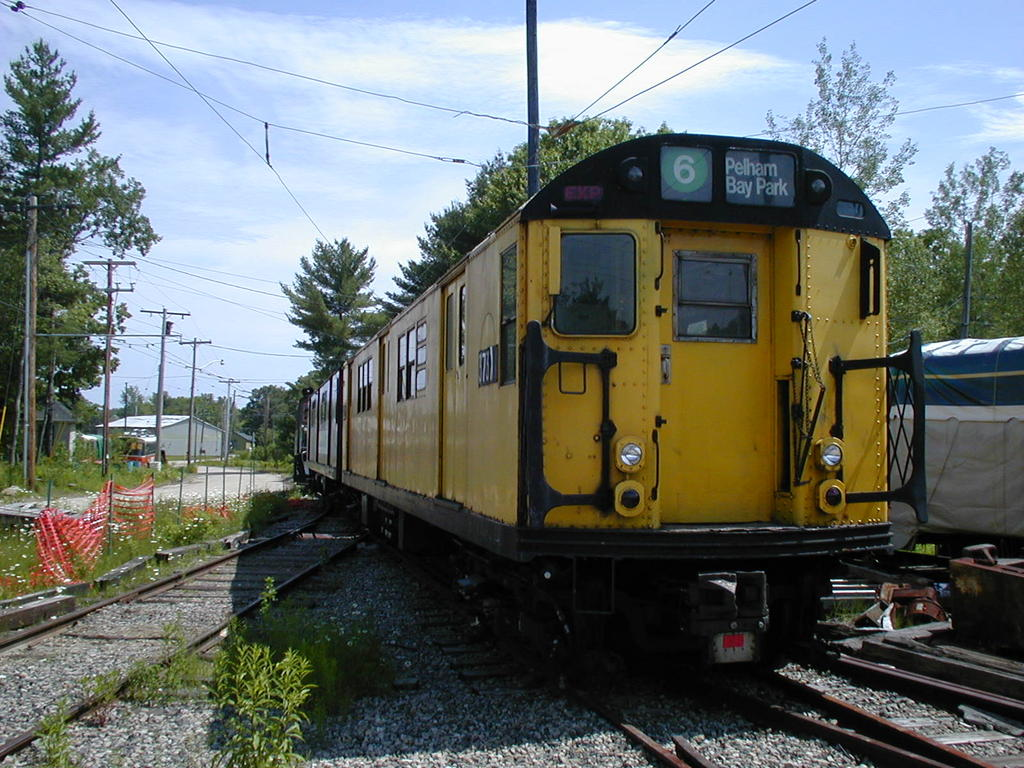 (159k, 1024x768)<br><b>Country:</b> United States<br><b>City:</b> Kennebunk, ME<br><b>System:</b> Seashore Trolley Museum <br><b>Car:</b> R-22 (St. Louis, 1957-58) 37371 <br><b>Photo by:</b> Todd Glickman<br><b>Date:</b> 6/24/2005<br><b>Viewed (this week/total):</b> 1 / 2251