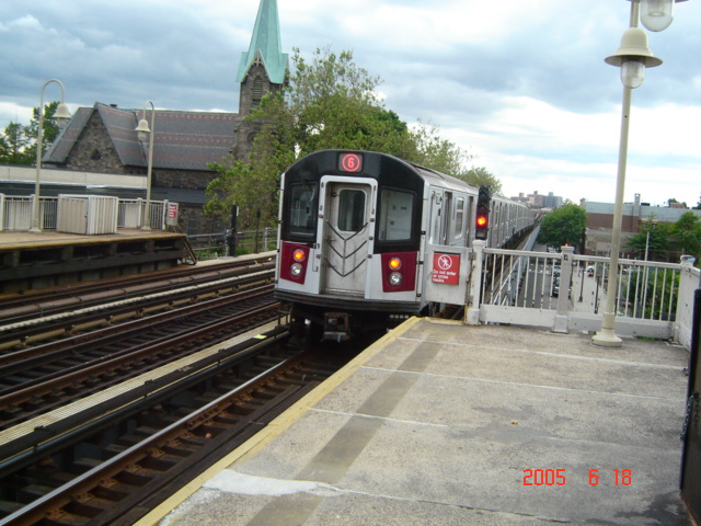 (148k, 640x480)<br><b>Country:</b> United States<br><b>City:</b> New York<br><b>System:</b> New York City Transit<br><b>Line:</b> IRT Pelham Line<br><b>Location:</b> Westchester Square <br><b>Route:</b> 6<br><b>Car:</b> R-142 or R-142A (Number Unknown)  <br><b>Photo by:</b> DeAndre Burrell<br><b>Date:</b> 6/18/2005<br><b>Viewed (this week/total):</b> 3 / 4090