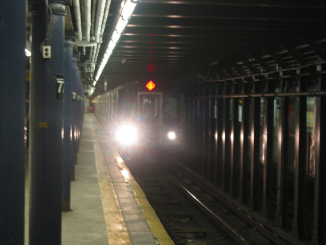 (74k, 640x480)<br><b>Country:</b> United States<br><b>City:</b> New York<br><b>System:</b> New York City Transit<br><b>Line:</b> IRT East Side Line<br><b>Location:</b> 77th Street <br><b>Route:</b> 6<br><b>Car:</b> R-142 or R-142A (Number Unknown)  <br><b>Photo by:</b> Oren H.<br><b>Date:</b> 8/6/2002<br><b>Viewed (this week/total):</b> 1 / 5301