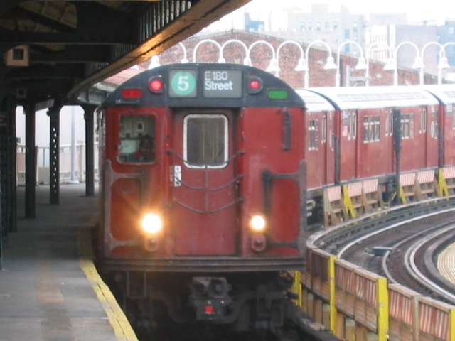 (95k, 640x480)<br><b>Country:</b> United States<br><b>City:</b> New York<br><b>System:</b> New York City Transit<br><b>Line:</b> IRT White Plains Road Line<br><b>Location:</b> West Farms Sq./East Tremont Ave./177th St. <br><b>Route:</b> 5<br><b>Car:</b> R-33 Main Line (St. Louis, 1962-63) 8817 <br><b>Photo by:</b> Oren H.<br><b>Date:</b> 11/29/2002<br><b>Viewed (this week/total):</b> 0 / 3445