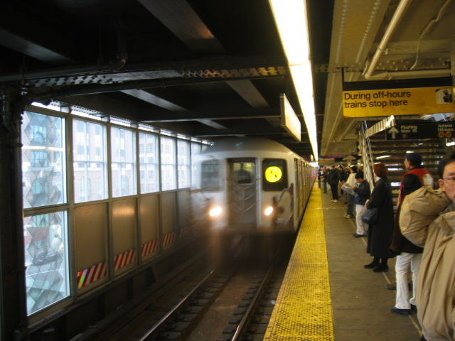 (103k, 640x480)<br><b>Country:</b> United States<br><b>City:</b> New York<br><b>System:</b> New York City Transit<br><b>Line:</b> BMT Astoria Line<br><b>Location:</b> Queensborough Plaza <br><b>Route:</b> N<br><b>Car:</b> R-40M (St. Louis, 1969)  4478 <br><b>Photo by:</b> Oren H.<br><b>Date:</b> 11/29/2002<br><b>Viewed (this week/total):</b> 2 / 3208