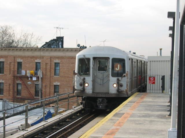 (99k, 640x480)<br><b>Country:</b> United States<br><b>City:</b> New York<br><b>System:</b> New York City Transit<br><b>Line:</b> BMT Nassau Street/Jamaica Line<br><b>Location:</b> Norwood Avenue <br><b>Route:</b> J<br><b>Car:</b> R-40M (St. Louis, 1969)  4531 <br><b>Photo by:</b> Oren H.<br><b>Date:</b> 12/22/2003<br><b>Viewed (this week/total):</b> 1 / 3473