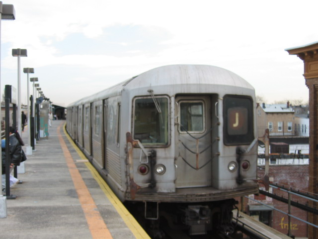 (76k, 640x480)<br><b>Country:</b> United States<br><b>City:</b> New York<br><b>System:</b> New York City Transit<br><b>Line:</b> BMT Nassau Street/Jamaica Line<br><b>Location:</b> Norwood Avenue <br><b>Route:</b> J<br><b>Car:</b> R-42 (St. Louis, 1969-1970)  4759 <br><b>Photo by:</b> Oren H.<br><b>Date:</b> 12/22/2003<br><b>Viewed (this week/total):</b> 1 / 2369