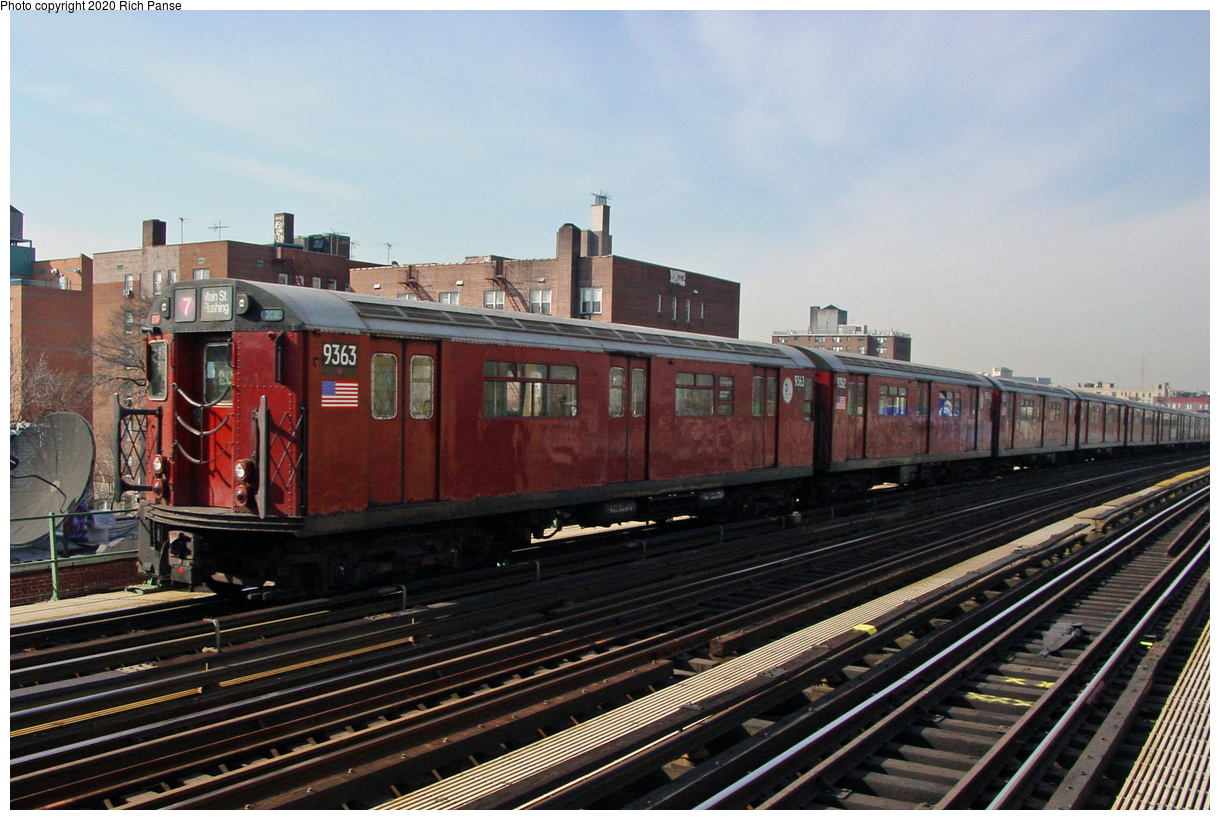 (77k, 820x620)<br><b>Country:</b> United States<br><b>City:</b> New York<br><b>System:</b> New York City Transit<br><b>Line:</b> IRT Flushing Line<br><b>Location:</b> 74th Street/Broadway <br><b>Route:</b> 7<br><b>Car:</b> R-36 World's Fair (St. Louis, 1963-64) 9363 <br><b>Photo by:</b> Richard Panse<br><b>Date:</b> 3/7/2002<br><b>Viewed (this week/total):</b> 0 / 2895