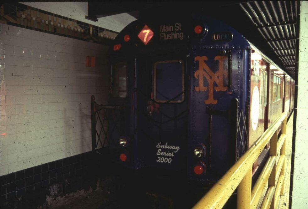 (75k, 981x668)<br><b>Country:</b> United States<br><b>City:</b> New York<br><b>System:</b> New York City Transit<br><b>Line:</b> IRT Flushing Line<br><b>Location:</b> Main Street/Flushing <br><b>Route:</b> 7<br><b>Car:</b> R-36 World's Fair (St. Louis, 1963-64) 9394 <br><b>Photo by:</b> Glenn L. Rowe<br><b>Date:</b> 10/24/2000<br><b>Viewed (this week/total):</b> 0 / 5545