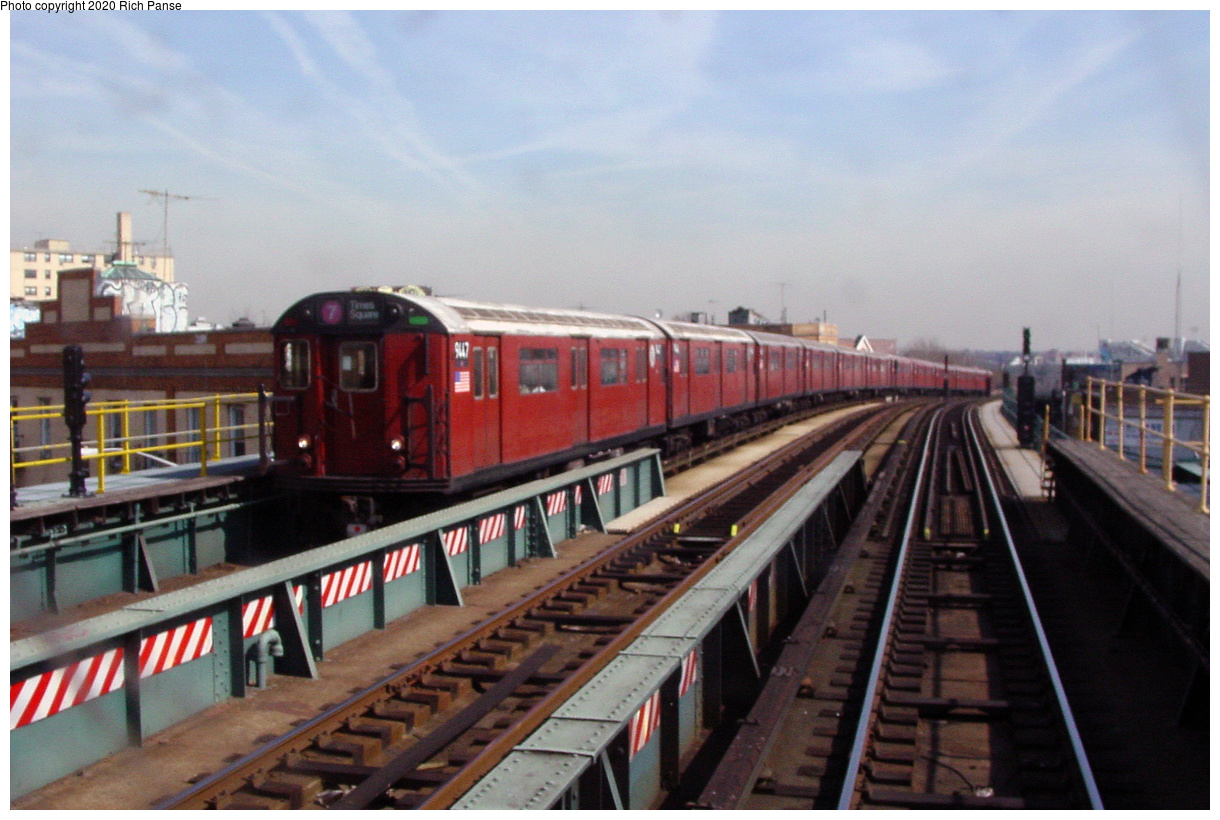 (61k, 820x620)<br><b>Country:</b> United States<br><b>City:</b> New York<br><b>System:</b> New York City Transit<br><b>Line:</b> IRT Flushing Line<br><b>Location:</b> 52nd Street/Lincoln Avenue <br><b>Route:</b> 7<br><b>Car:</b> R-36 World's Fair (St. Louis, 1963-64) 9447 <br><b>Photo by:</b> Richard Panse<br><b>Date:</b> 3/7/2002<br><b>Viewed (this week/total):</b> 5 / 2064