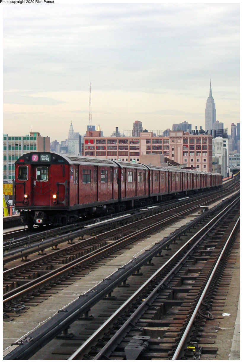(63k, 620x820)<br><b>Country:</b> United States<br><b>City:</b> New York<br><b>System:</b> New York City Transit<br><b>Line:</b> IRT Flushing Line<br><b>Location:</b> 40th Street/Lowery Street <br><b>Route:</b> 7<br><b>Car:</b> R-36 World's Fair (St. Louis, 1963-64) 9463 <br><b>Photo by:</b> Richard Panse<br><b>Date:</b> 2002<br><b>Viewed (this week/total):</b> 2 / 3940