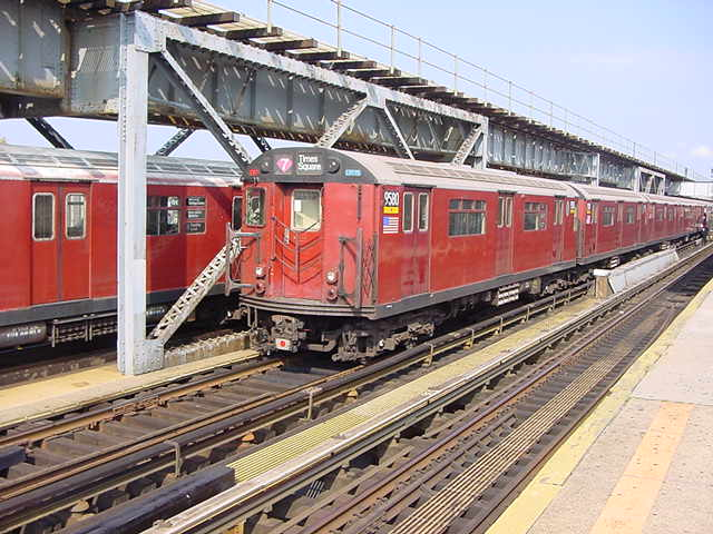 (59k, 640x480)<br><b>Country:</b> United States<br><b>City:</b> New York<br><b>System:</b> New York City Transit<br><b>Line:</b> IRT Flushing Line<br><b>Location:</b> 111th Street <br><b>Route:</b> 7<br><b>Car:</b> R-36 World's Fair (St. Louis, 1963-64) 9580 <br><b>Photo by:</b> Salaam Allah<br><b>Date:</b> 9/21/2002<br><b>Viewed (this week/total):</b> 0 / 4081