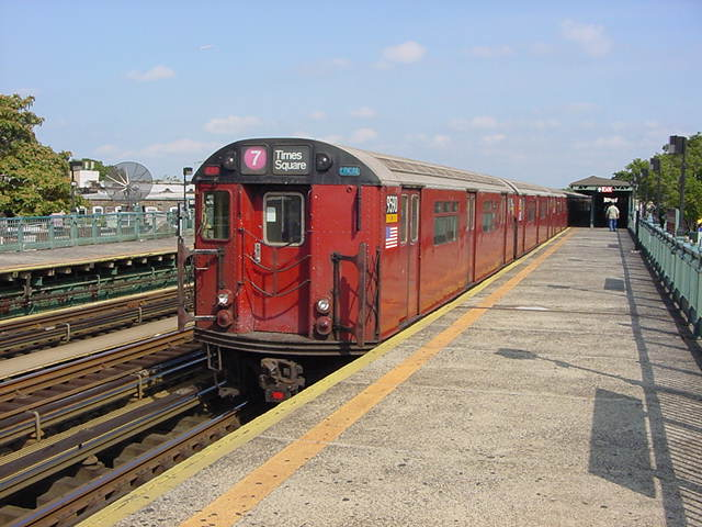 (61k, 640x480)<br><b>Country:</b> United States<br><b>City:</b> New York<br><b>System:</b> New York City Transit<br><b>Line:</b> IRT Flushing Line<br><b>Location:</b> 103rd Street/Corona Plaza <br><b>Route:</b> 7<br><b>Car:</b> R-36 World's Fair (St. Louis, 1963-64) 9580 <br><b>Photo by:</b> Salaam Allah<br><b>Date:</b> 9/21/2002<br><b>Viewed (this week/total):</b> 5 / 3158