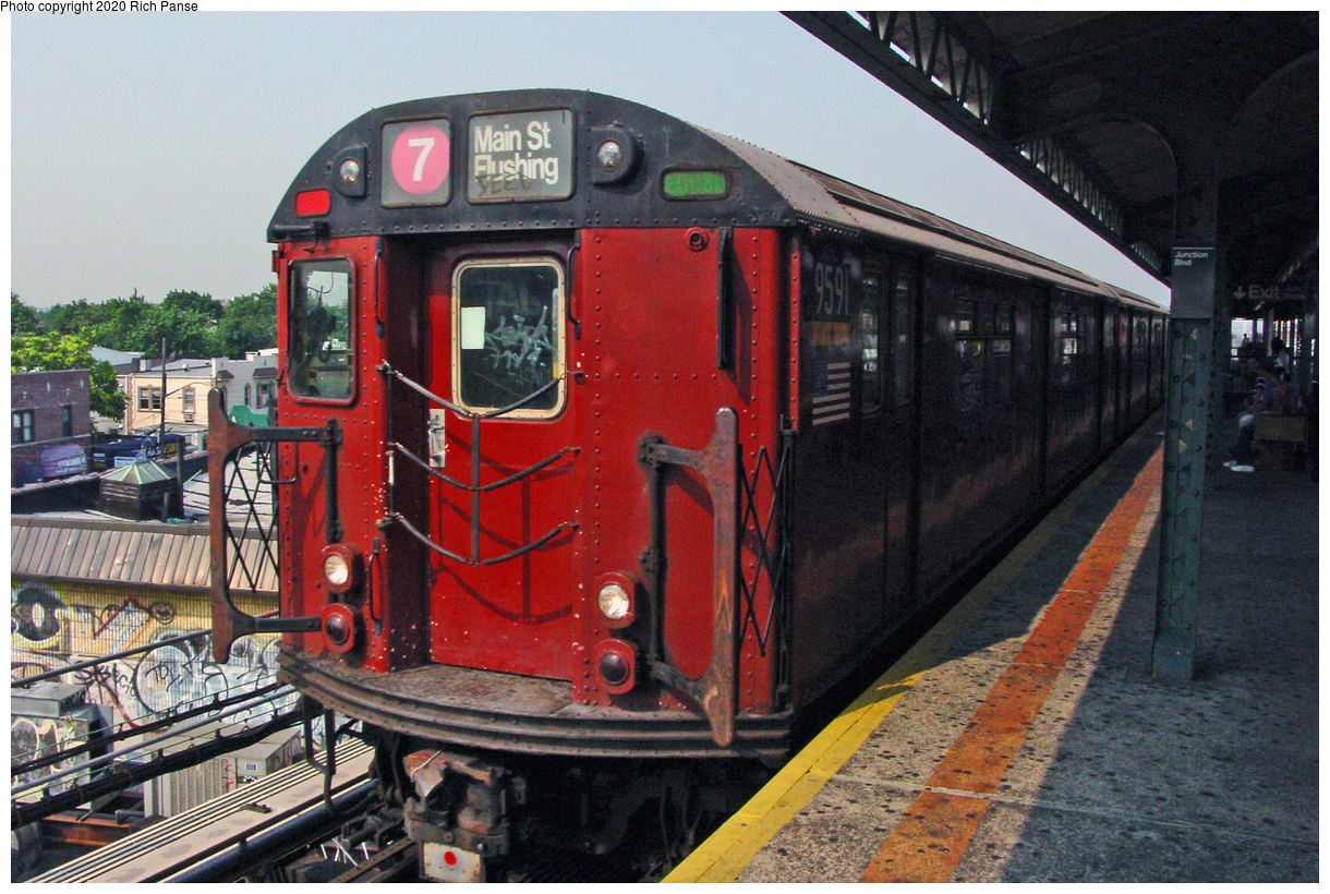 (58k, 820x620)<br><b>Country:</b> United States<br><b>City:</b> New York<br><b>System:</b> New York City Transit<br><b>Line:</b> IRT Flushing Line<br><b>Location:</b> Junction Boulevard <br><b>Route:</b> 7<br><b>Car:</b> R-36 World's Fair (St. Louis, 1963-64) 9591 <br><b>Photo by:</b> Richard Panse<br><b>Date:</b> 7/18/2002<br><b>Viewed (this week/total):</b> 5 / 2463