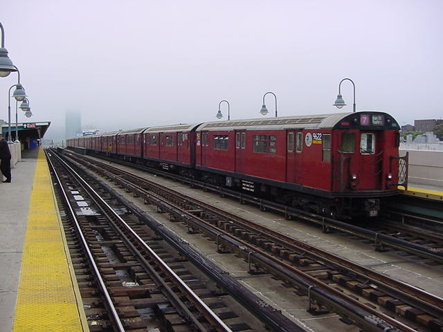 (59k, 640x480)<br><b>Country:</b> United States<br><b>City:</b> New York<br><b>System:</b> New York City Transit<br><b>Line:</b> IRT Flushing Line<br><b>Location:</b> 40th Street/Lowery Street <br><b>Route:</b> 7<br><b>Car:</b> R-36 World's Fair (St. Louis, 1963-64) 9622 <br><b>Photo by:</b> Salaam Allah<br><b>Date:</b> 9/27/2002<br><b>Viewed (this week/total):</b> 0 / 3147