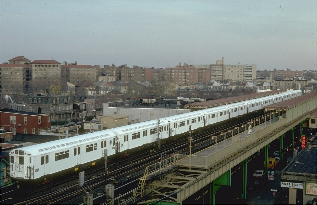 (188k, 1024x663)<br><b>Country:</b> United States<br><b>City:</b> New York<br><b>System:</b> New York City Transit<br><b>Line:</b> IRT Flushing Line<br><b>Location:</b> 69th Street/Fisk Avenue <br><b>Route:</b> 7<br><b>Car:</b> R-36 World's Fair (St. Louis, 1963-64) 9657 <br><b>Photo by:</b> Steve Zabel<br><b>Collection of:</b> Joe Testagrose<br><b>Date:</b> 11/19/1981<br><b>Viewed (this week/total):</b> 1 / 4074