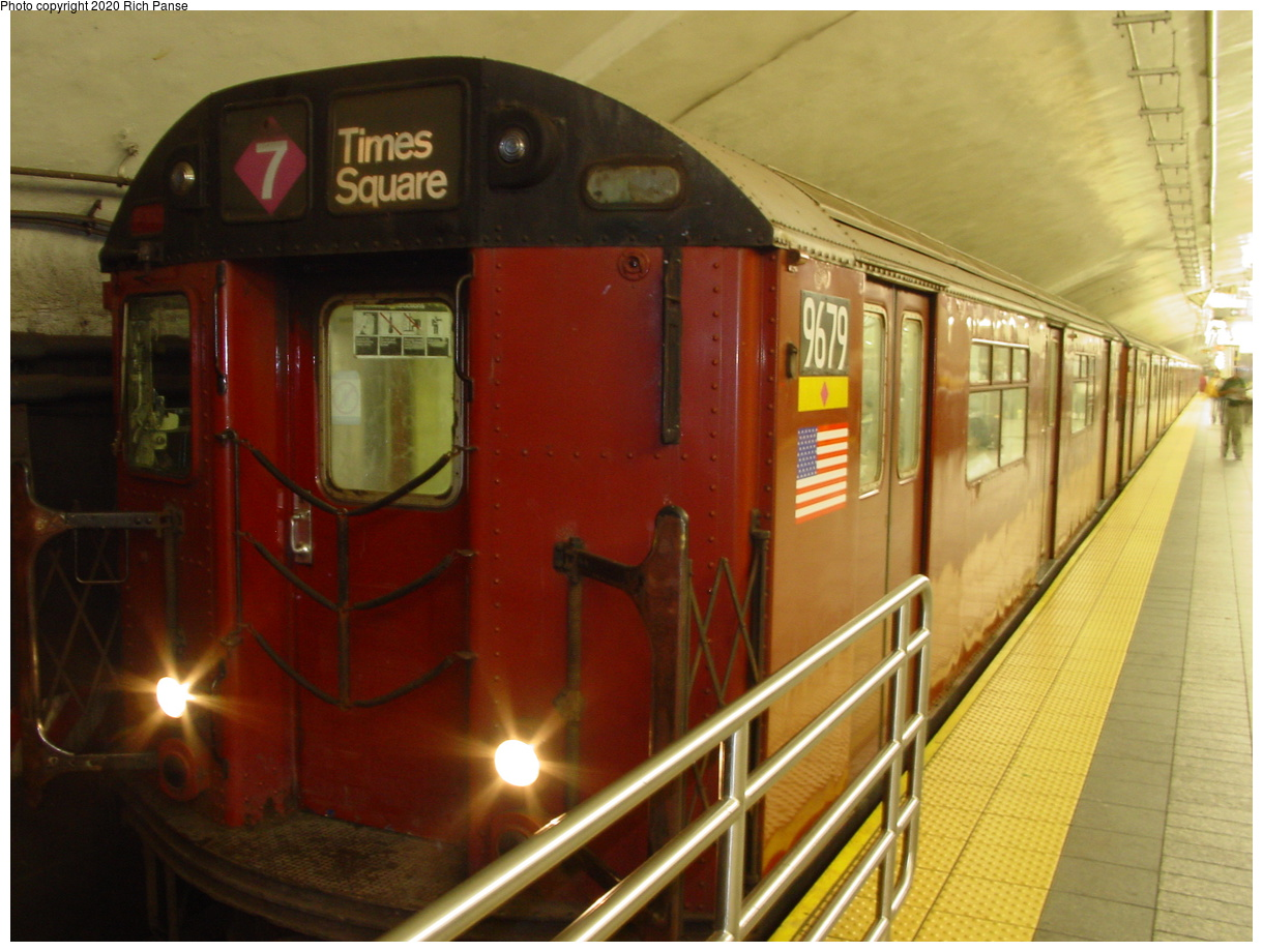 (67k, 820x620)<br><b>Country:</b> United States<br><b>City:</b> New York<br><b>System:</b> New York City Transit<br><b>Line:</b> IRT Flushing Line<br><b>Location:</b> Grand Central <br><b>Route:</b> 7<br><b>Car:</b> R-36 World's Fair (St. Louis, 1963-64) 9679 <br><b>Photo by:</b> Richard Panse<br><b>Date:</b> 7/18/2002<br><b>Viewed (this week/total):</b> 0 / 3258