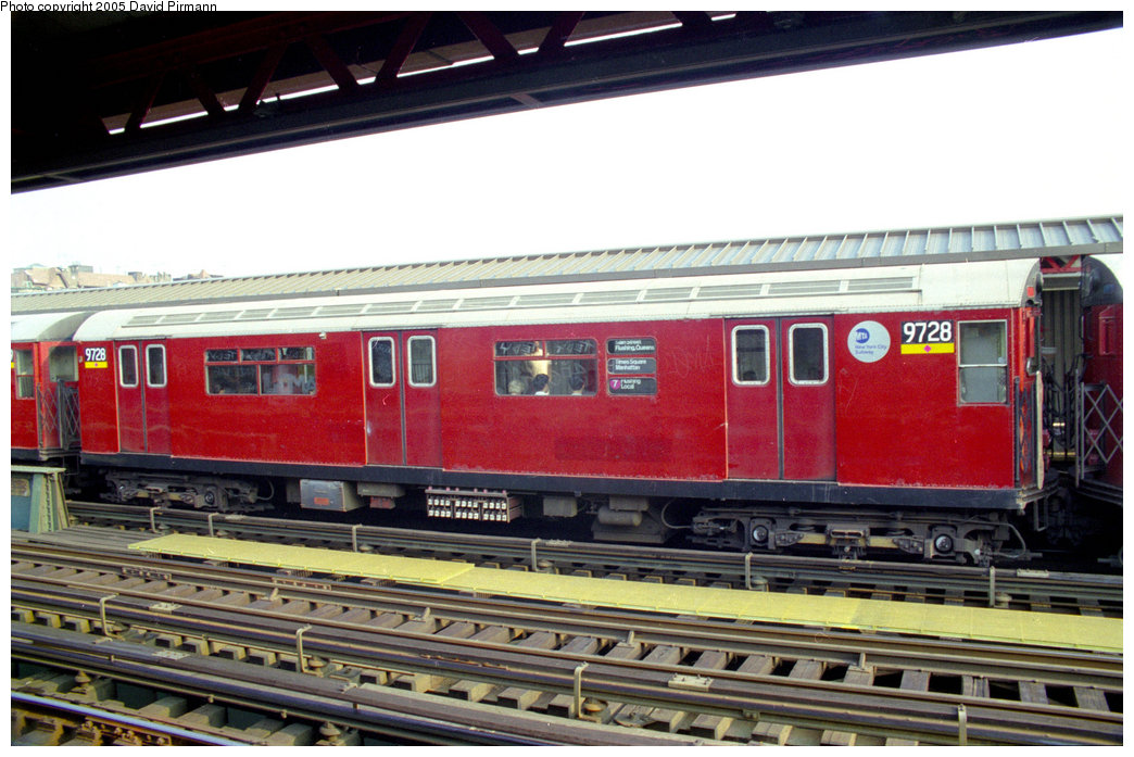 (212k, 1044x697)<br><b>Country:</b> United States<br><b>City:</b> New York<br><b>System:</b> New York City Transit<br><b>Line:</b> IRT Flushing Line<br><b>Location:</b> 74th Street/Broadway <br><b>Route:</b> 7<br><b>Car:</b> R-36 World's Fair (St. Louis, 1963-64) 9728 <br><b>Photo by:</b> David Pirmann<br><b>Date:</b> 7/29/1998<br><b>Viewed (this week/total):</b> 0 / 3374