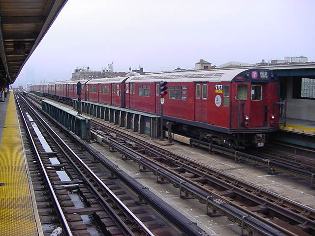 (60k, 640x480)<br><b>Country:</b> United States<br><b>City:</b> New York<br><b>System:</b> New York City Transit<br><b>Line:</b> IRT Flushing Line<br><b>Location:</b> 46th Street/Bliss Street <br><b>Route:</b> 7<br><b>Car:</b> R-36 World's Fair (St. Louis, 1963-64) 9737 <br><b>Photo by:</b> Salaam Allah<br><b>Date:</b> 9/27/2002<br><b>Viewed (this week/total):</b> 0 / 3983
