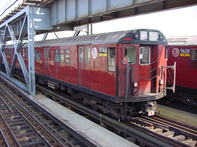 (60k, 640x480)<br><b>Country:</b> United States<br><b>City:</b> New York<br><b>System:</b> New York City Transit<br><b>Line:</b> IRT Flushing Line<br><b>Location:</b> 111th Street <br><b>Route:</b> 7<br><b>Car:</b> R-36 World's Fair (St. Louis, 1963-64) 9746 <br><b>Photo by:</b> Salaam Allah<br><b>Date:</b> 9/21/2002<br><b>Viewed (this week/total):</b> 4 / 4251