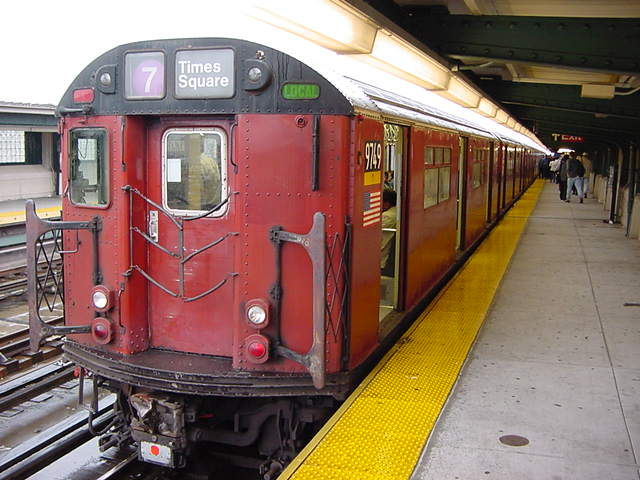 (59k, 640x480)<br><b>Country:</b> United States<br><b>City:</b> New York<br><b>System:</b> New York City Transit<br><b>Line:</b> IRT Flushing Line<br><b>Location:</b> 40th Street/Lowery Street <br><b>Car:</b> R-36 World's Fair (St. Louis, 1963-64) 9749 <br><b>Photo by:</b> Salaam Allah<br><b>Date:</b> 9/26/2002<br><b>Viewed (this week/total):</b> 4 / 2183