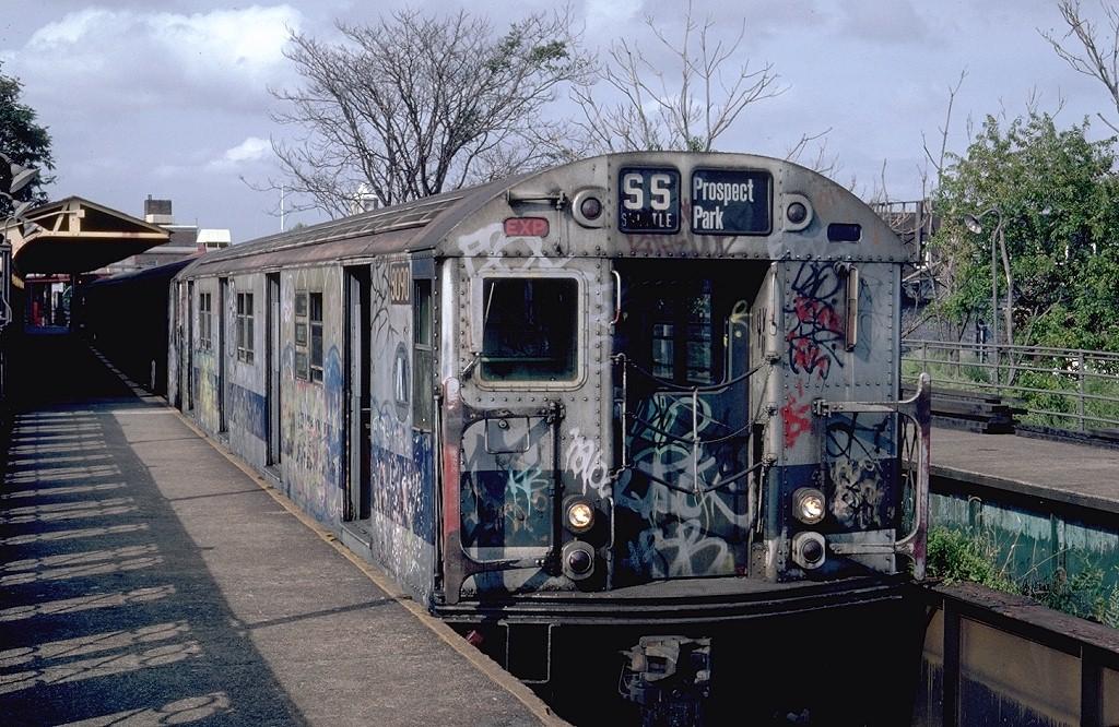 (259k, 1024x666)<br><b>Country:</b> United States<br><b>City:</b> New York<br><b>System:</b> New York City Transit<br><b>Line:</b> BMT Franklin<br><b>Location:</b> Franklin Avenue <br><b>Route:</b> Franklin Shuttle<br><b>Car:</b> R-27 (St. Louis, 1960)  8090 <br><b>Photo by:</b> Steve Zabel<br><b>Collection of:</b> Joe Testagrose<br><b>Date:</b> 9/8/1981<br><b>Viewed (this week/total):</b> 4 / 4669