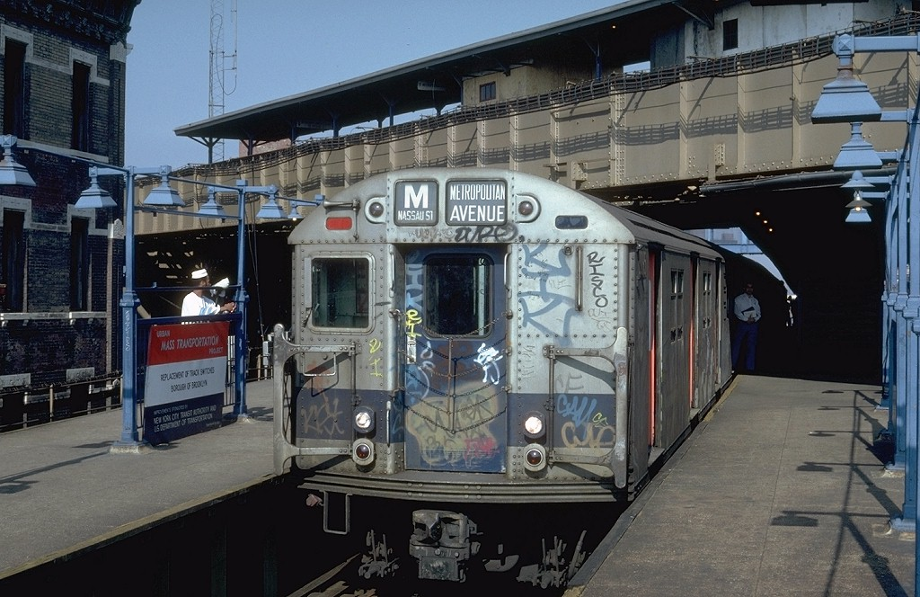 (208k, 1024x664)<br><b>Country:</b> United States<br><b>City:</b> New York<br><b>System:</b> New York City Transit<br><b>Line:</b> BMT Nassau Street/Jamaica Line<br><b>Location:</b> Myrtle Avenue <br><b>Route:</b> M<br><b>Car:</b> R-27 (St. Louis, 1960)  8095 <br><b>Photo by:</b> Steve Zabel<br><b>Collection of:</b> Joe Testagrose<br><b>Date:</b> 9/13/1981<br><b>Viewed (this week/total):</b> 1 / 4268