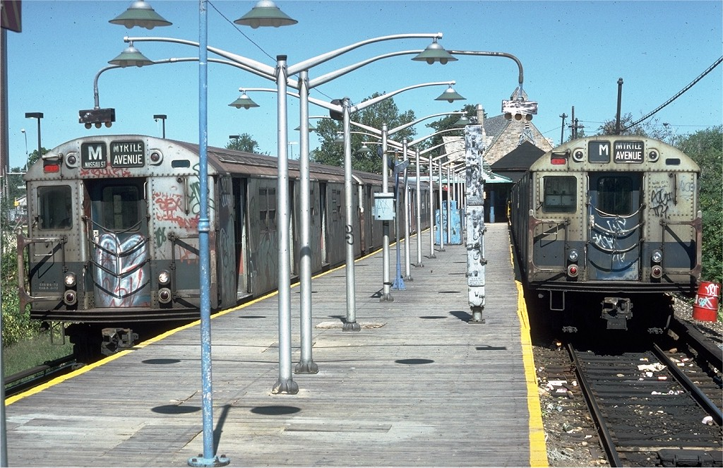(249k, 1024x663)<br><b>Country:</b> United States<br><b>City:</b> New York<br><b>System:</b> New York City Transit<br><b>Line:</b> BMT Myrtle Avenue Line<br><b>Location:</b> Metropolitan Avenue <br><b>Route:</b> M<br><b>Car:</b> R-30 (St. Louis, 1961) 8271 <br><b>Photo by:</b> Doug Grotjahn<br><b>Collection of:</b> Joe Testagrose<br><b>Date:</b> 9/9/1979<br><b>Viewed (this week/total):</b> 3 / 6034