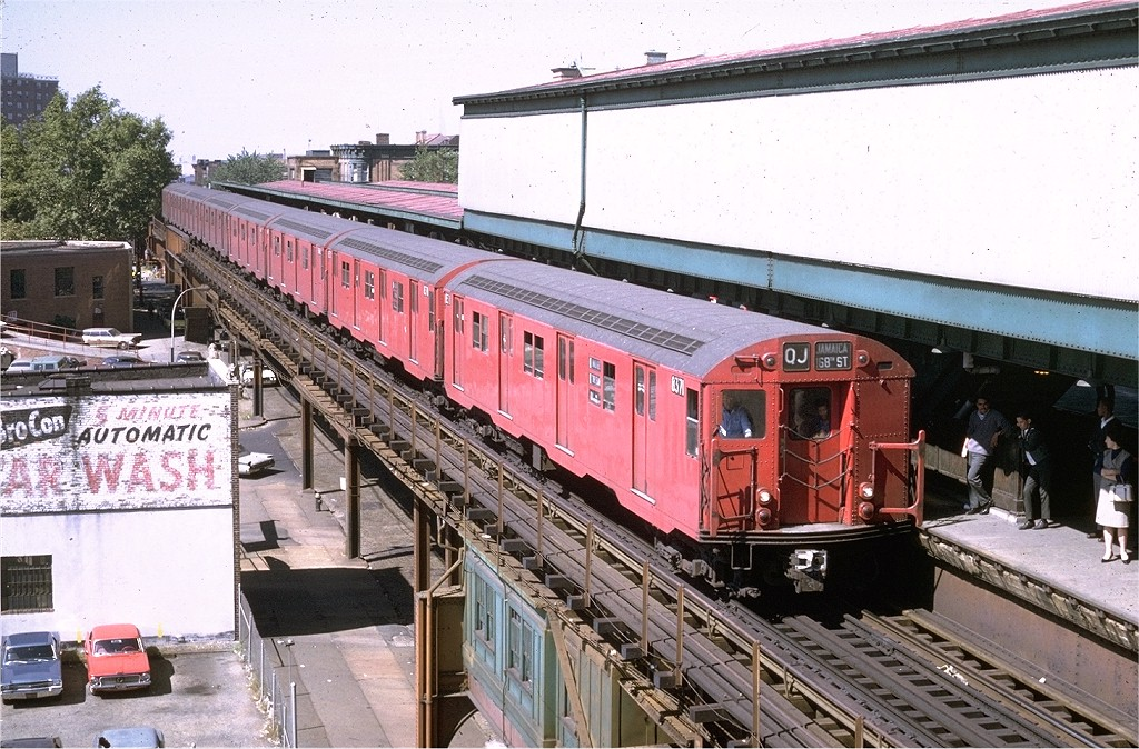 (249k, 1024x674)<br><b>Country:</b> United States<br><b>City:</b> New York<br><b>System:</b> New York City Transit<br><b>Line:</b> BMT Nassau Street/Jamaica Line<br><b>Location:</b> Broadway/East New York (Broadway Junction) <br><b>Route:</b> QJ<br><b>Car:</b> R-30 (St. Louis, 1961) 8371 <br><b>Photo by:</b> Doug Grotjahn<br><b>Collection of:</b> Joe Testagrose<br><b>Date:</b> 9/22/1969<br><b>Viewed (this week/total):</b> 11 / 3858